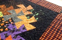 Custom quilting by Maria Denise Hall