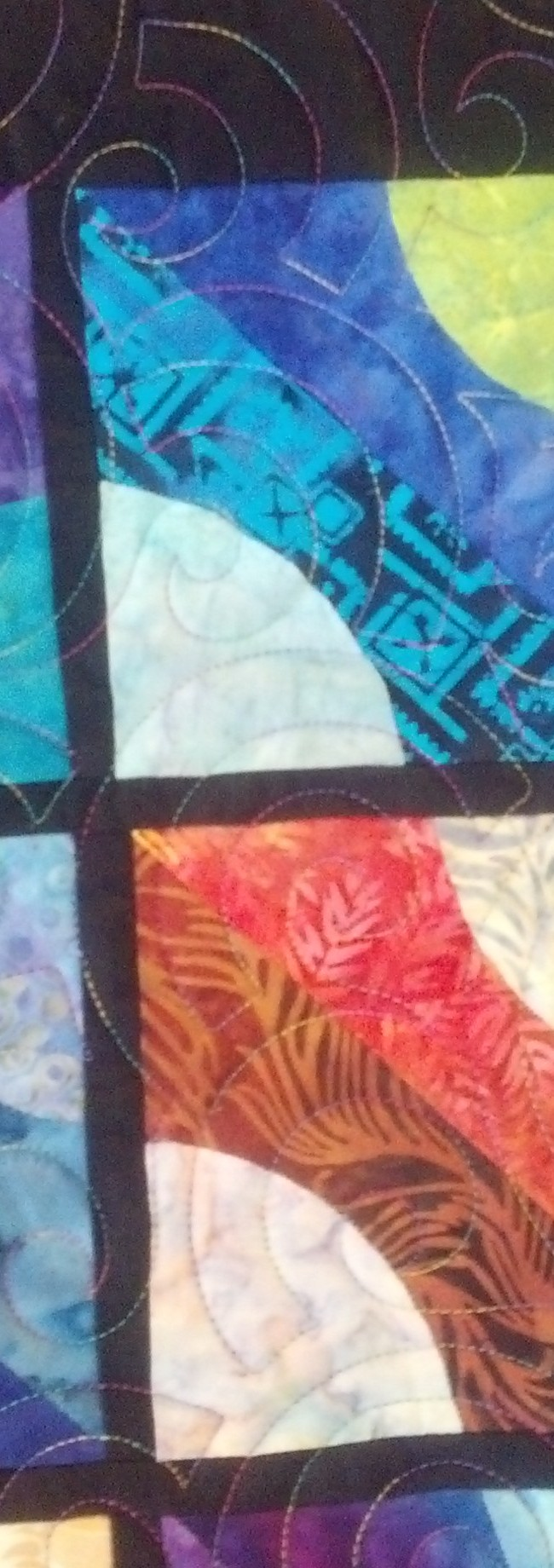 Freehand longarm quilting by Maria Denise Hall